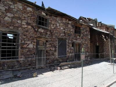 Top 10 Ghost Towns 400x300